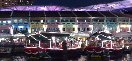 Sie reisen nach Singapur und benötigen noch Tipps für die schönsten Erlebnisse im Stadtstaat? Dann sind Sie hier genau richtig! Singapur bietet viele Sehenswürdigkeiten. Wer sich nur zwei oder drei Tage im Stadtstaat aufhält hat meist viel zu wenig Zeit alle Schönheiten von Singapur zu entdecken. Mit den folgende Tipps werden Sie Ihre Singapurreise aber auf jeden Fall in guter Erinnerung behalten